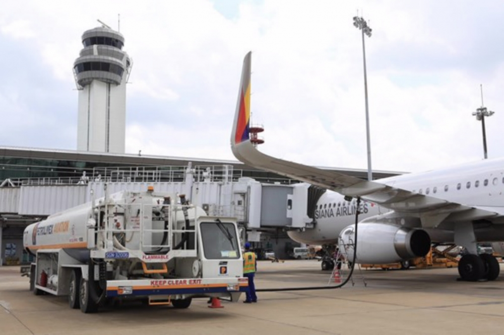 Bộ Tài chính lấy ý kiến thẩm định của Bộ Tư pháp về dự án Nghị quyết giảm 30% thuế BVMT đối với nhiên liệu bay
