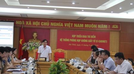 """Hà Tĩnh triển khai mô hình """"Phòng họp không giấy tờ"""""""